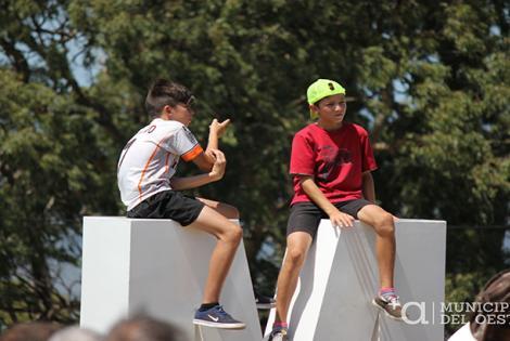 """Se realizó la inauguración de la palabra """"Montevideo"""" en la Fortaleza del Cerro."""