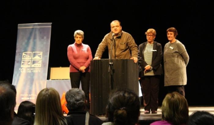 El Alcalde y las concejalas municipales participaron del evento