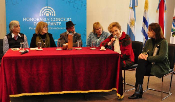 Delegación de los Municipios A y G en el 12° Encuentro de Payadores de Paraná.-