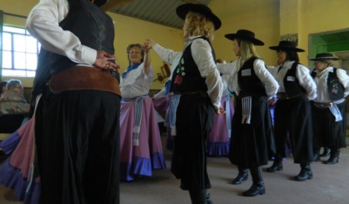 El Grupo de Baile Pericón formó parte del evento