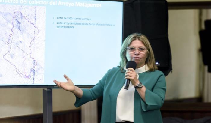 Obras en arroyo Mataperros por el Programa de Saneamiento Urbano de Montevideo. Fuente IM