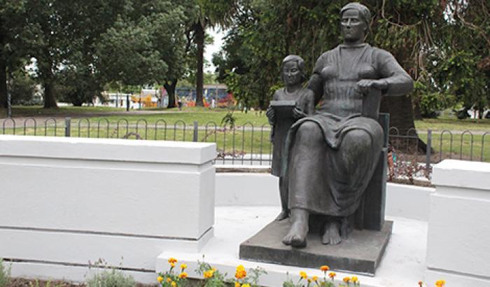 """Reinauguración """"Monumento a la maestra"""" Fotos: Pablo Guedes"""